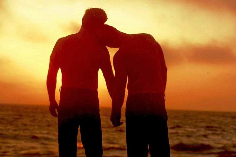 329_brasil-gay-beach
